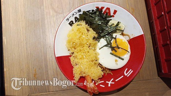 Mencicipi Mi Jepang Pedas Tanpa Kuah di Ramen Ya!