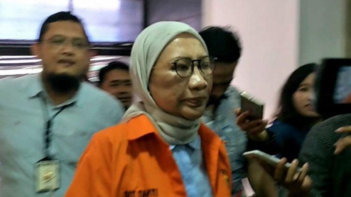 Ratna Sarumpaet Diserahkan ke Kejaksaan Negeri Jakarta Selatan