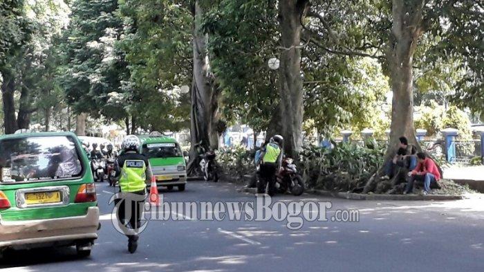 Ada Razia di Jalan Semeru Pengendara Nakal Lakukan 5 Trik Biar Tak Ditilang Polisi