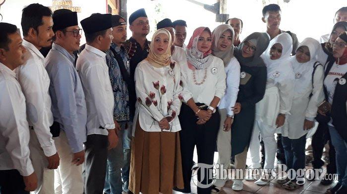 Deklarasi di Puncak, Rachel Maryam dan Fauzi Baadilla Bergabung di Relawan Pendukung Prabowo-Sandi
