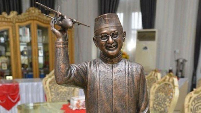 BJ Habibie Setujui Desain Patung Dirinya Senilai Rp 1,7 Miliar, Datangkan Desainer Asal Yogyakarta