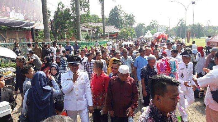 BREAKING NEWS - 51 Kades di Bogor Dilantik Hari Ini, Ribuan Warga Kumpul di Cibinong