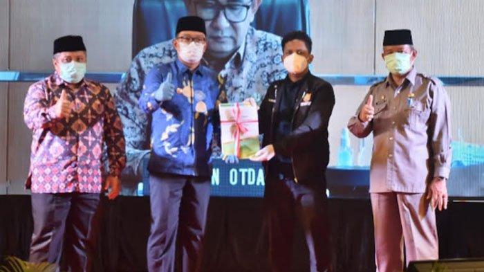 Gubernur Jabar Serahkan Dokumen DOB Kabupaten Bogor Kepada Pemerintah Pusat