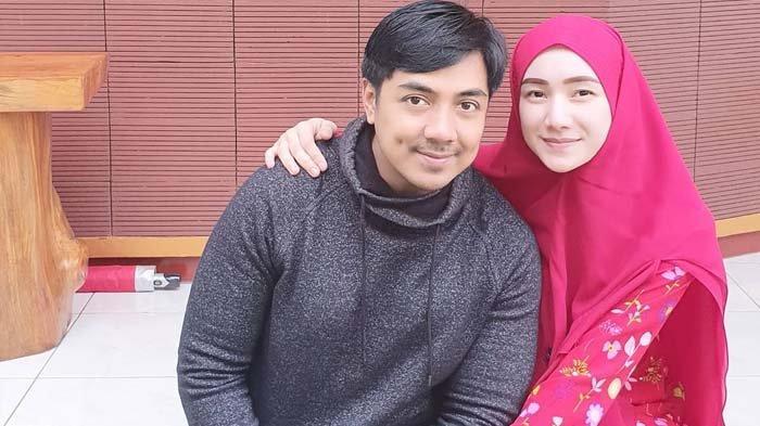 Ustaz Riza Muhammad Sewot Dituding Melarat Tak Mampu Bayar Listrik, Sang Istri: Kita Gak Jual Derita