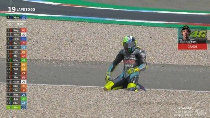 Valentino Rossi terjatuh di Sirkuit Assen MotoGP Belanda 2021