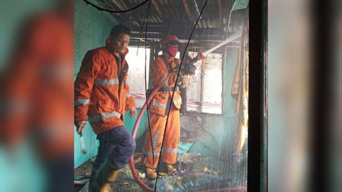 Berawal dari Sebatang Rokok, Sebuah Rumah di Empang Kota Bogor Hangus Terbakar