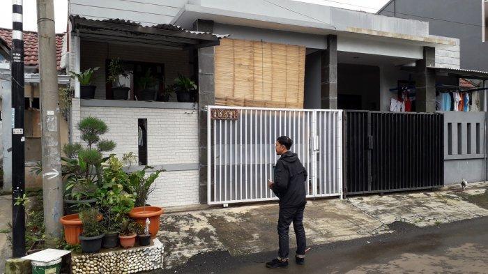 Detik-Detik Penangkapan Warga Bogor yang Hina Walikota Risma, Sempat Mengurung Diri & Tak Buka Pintu