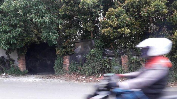 Rumah Rocky Gerung yang terancam dibongkar di kawasan Sentul, Desa Bojongkoneng, Kecamatan Babakan Madang, Kabupaten Bogor.
