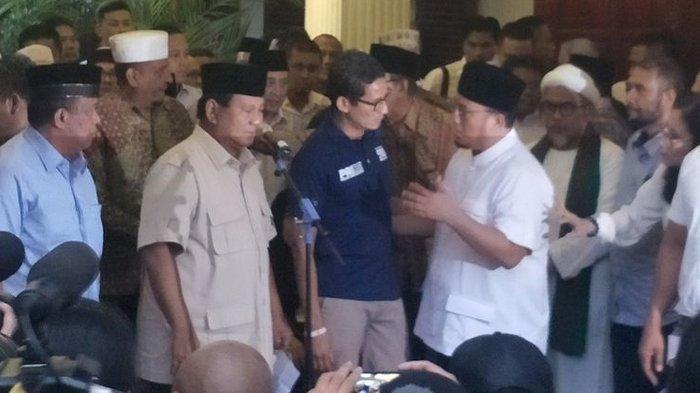 Prabowo dan Sandiaga Uno Tampil Deklarasi, Klaim Kemenangan di Pilpres 2019