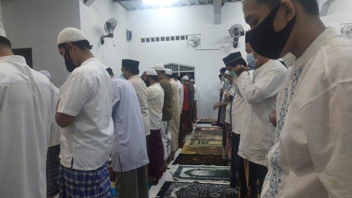 Terapkan Protokol Kesehatan, Masjid Masy'a Perumahan Villa Mutiara Gelar Salat Khusuf Gerhana Bulan