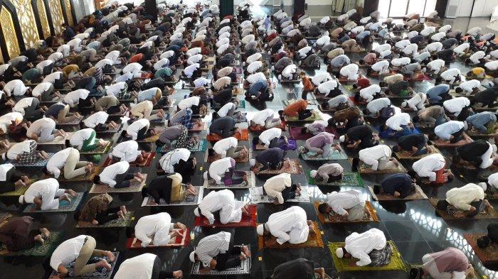 Lebaran Idul Adha 2021 Tanggal Berapa? Ini Tata Cara dan Bacaan Niat Shalat Tulisan Arab dan Latin