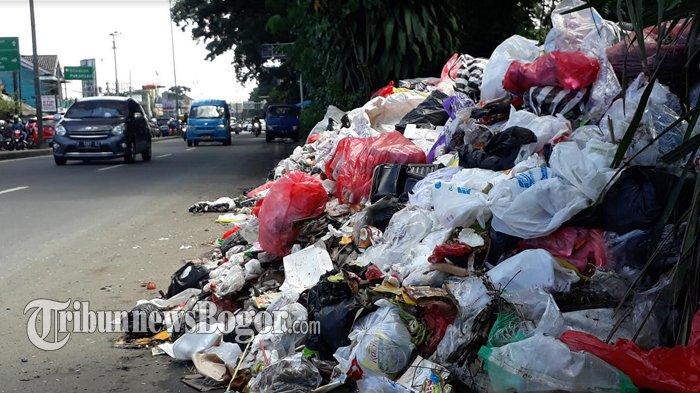 Dinas Lingkungan Hidup 'Kewalahan' Atasi Sampah Di Puncak Bogor