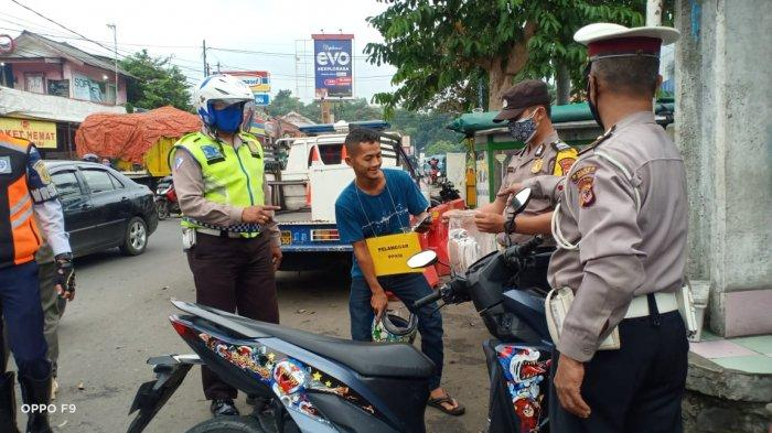 Pelanggar Masih Banyak, 180 Warga Dramaga Bogor Terjaring Operasi PPKM Karena Tak Pakai Masker