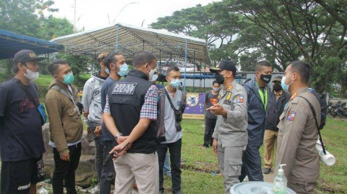 Satpol PP Kota Bogor Bubarkan Kontes Burung Berkicau, Panitianya Didenda Jutaan