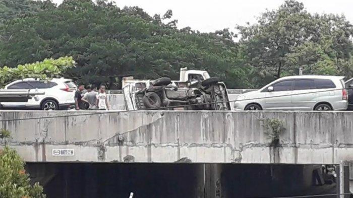 Kunjungan Bupati Bogor Diwarnai Mobil Pickup Terguling, Tak Ada Korban Jiwa