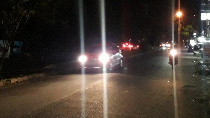Info Lalu Lintas - Arus Kendaraan di Jalan Sukahati Cibinong Malam Ini Ramai Lancar