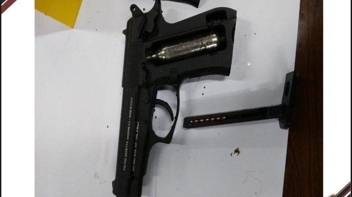 Ditetapkan Sebagai Tersangka, Penjual Airgun ke Terduga Teroris ZA Dijerat Undang-undang Darurat