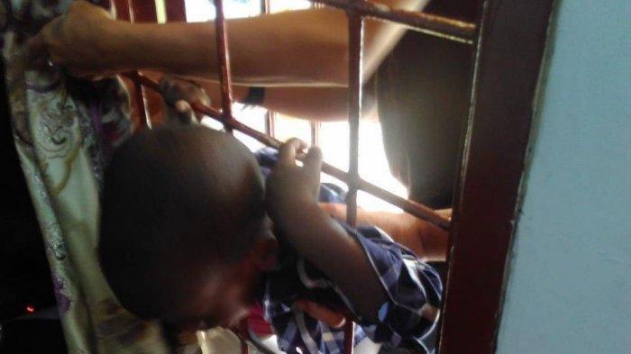 Cerita Damkar Selamatkan Balita asal Afrika yang Terjepit Teralis Jendela, Korban Terus Menangis