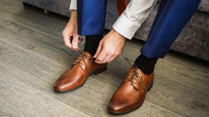 Wabah Covid-19, Mungkinkah Virus Corona Hidup di Permukaan Sepatu ?