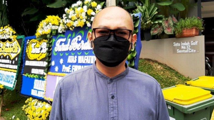 Sepupu Prof Firmanzah, Ahmada Rukmalda