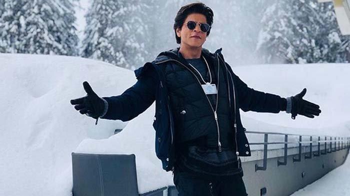 Setahun Vakum dari Dunia Bollywood, Shahrukh Khan Banting Setir Jadi Koki Demi Anak