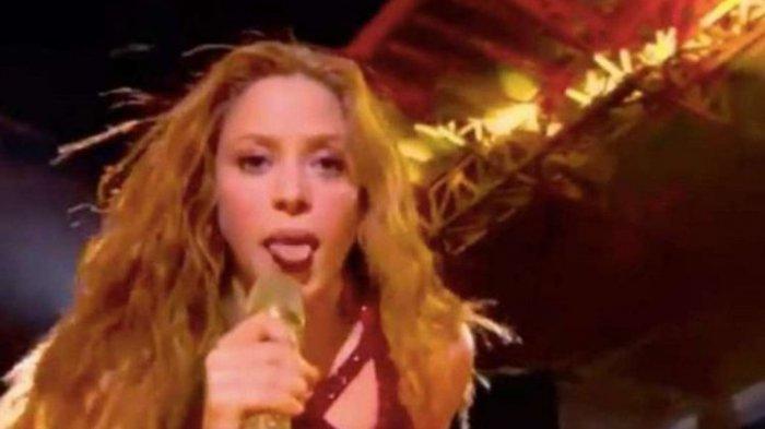 Shakira Julurkan Lidah di Super Bowl, Bukan Tanda Penghinaan, Tapi Penghormatan Disebut Zaghrouta