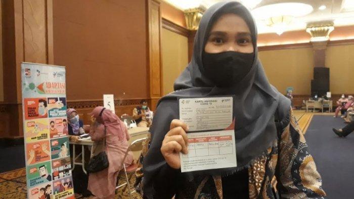 Ikut Vaksinasi, Guru SMA di Bogor Ini Berharap Proses Pendidikan Bisa Lebih Baik