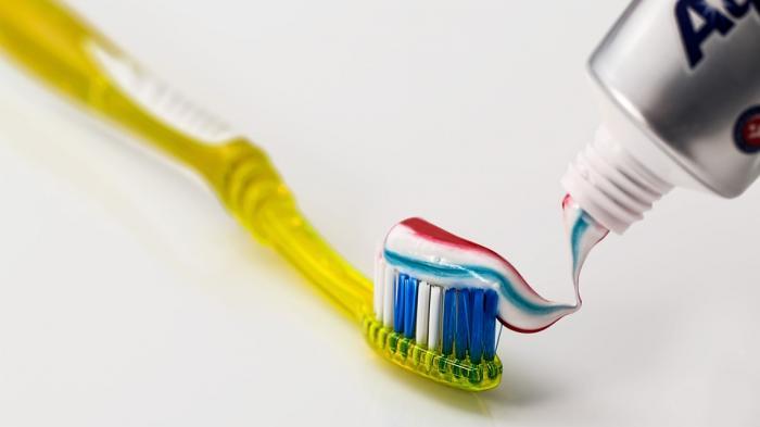 Tanya Pak Ustaz - Hukum Gosok Gigi Di Siang Hari Saat Berpuasa