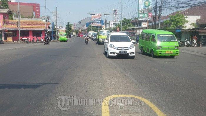 INFO LALU LINTAS : Simpang Pomad Jelang Siang Ini Lancar di Kedua Arah