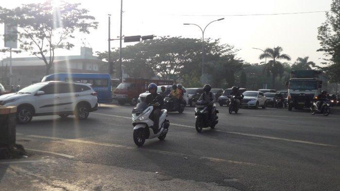 Lalu Lintas Kendaraan di Simpang Sentul Rabu Pagi Ini Ramai Lancar