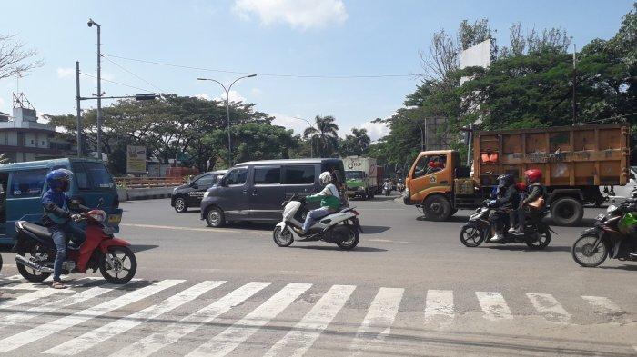 Kondisi Lalu Lintas di Simpang Sentul Bogor Pukul 10.30 WIB