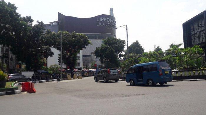 INFO LALU LINTAS - Arus Lalu Lintas di Simpang Sukasari Kota Bogor Ramai Lancar