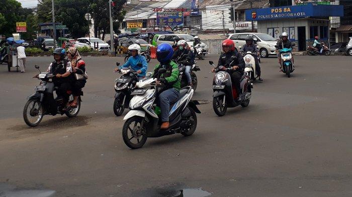 Kondisi Lalu Lintas di Simpang Warung Jambu Bogor Lancar Arah Cibinong
