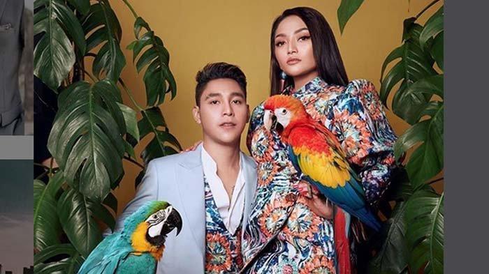 Siti Badriah dan Krisjiana Baharudin