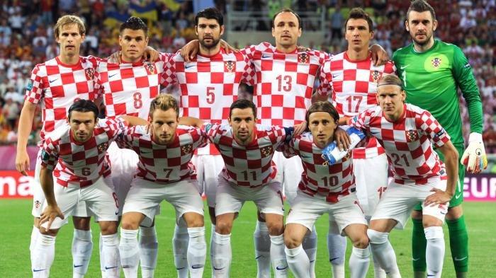 Mirip Papan Catur, Ini Makna dan Sejarah Kotak-kotak Merah Putih di Jersey dan Bendera Kroasia