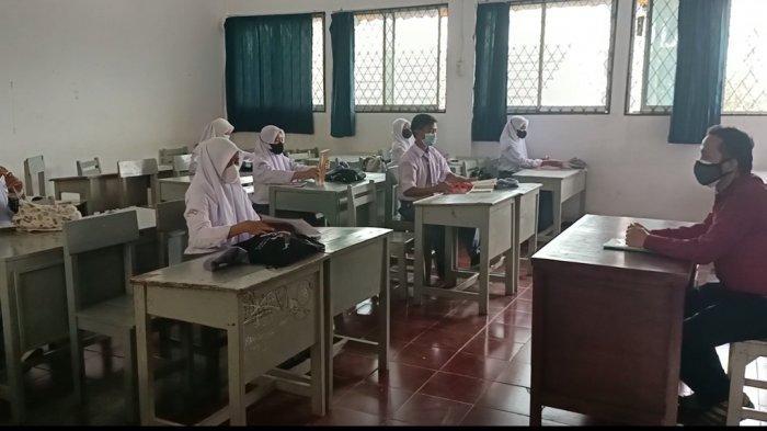 Prokes Ketat Sekolah Tatap Muka di Bogor, Cek Suhu Tubuh hingga Pembatasan Siswa dalam Kelas