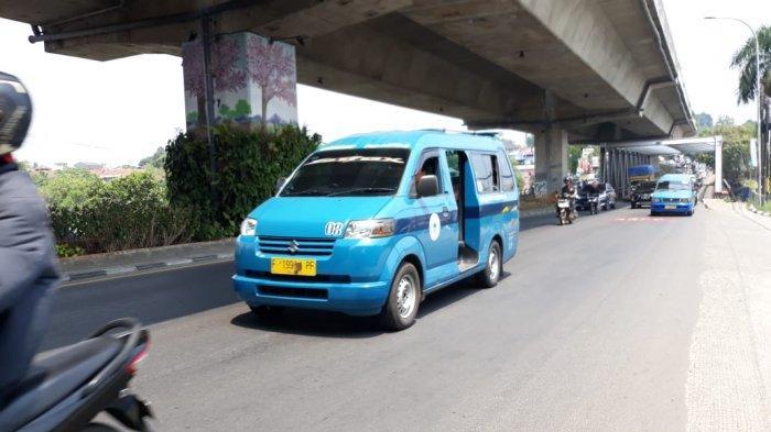 Lalu Lintas Jalan Sholeh Iskandar Arah Simpang Tol BORR Lancar Selepas Jembatan