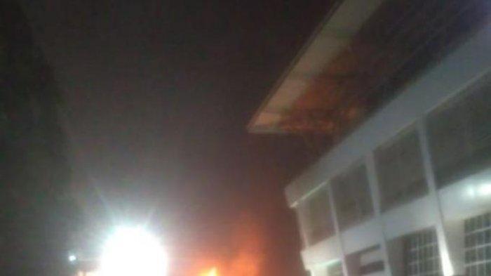 SPBU Shell di Jalan Daan Mogot Jakarta Barat Terbakar