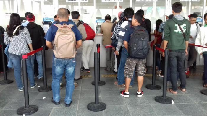 Mulai 1 Agustus 2019, Pembelian Tiket Harian Tak Berlaku di 5 Stasiun Ini