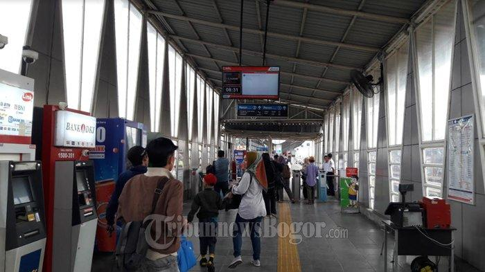 Commuter Line Tetap Beroperasi Selama PSBB DKI Jakarta, Tapi Ada Penyesuaian Jam Operasional