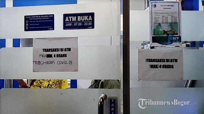 Cegah Penyebaran Covid-19, Nasabah yang Hendak Bertransaksi di Ruang ATM Ini Dibatasi