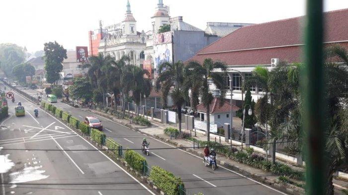 Suasana Jalan Di Kota Bogor Sepi Saat Penerapan PSBB di DKI Jakarta