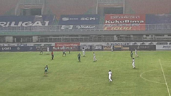 Hasil Babak Pertama PSS Sleman Kontra Arema FC, Skor Masih Imbang 1-1