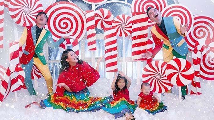 Suasana Natal Keluarga The Onsu, Ruben Onsu Sebut Betrand Peto Malaikat: Ini Bentuk Kebahagiaan Saya