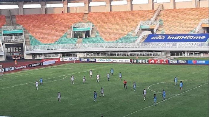 Bertarung Dengan 10 Pemain, Persita Tangerang Berhasil Taklukan Persela Lamongan di Bogor
