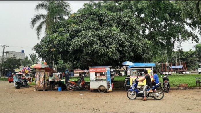 Situasi Terkini di Perumahan Pura Bojonggede, Ambulans Bolak-balik Bawa Pasien Covid-19