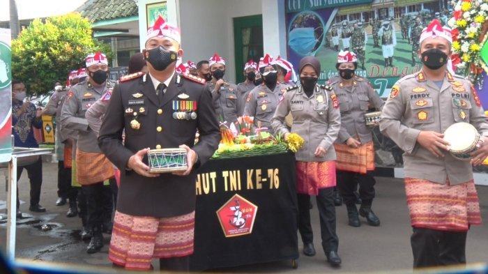 HUT TNI ke-76, Kapolresta Bogor Bawa Rombongan Datangi Makorem 061/Suryakancana