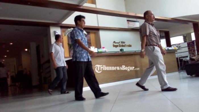 Sutan Bhatoegana Tak Sadarkan Diri di Ruang ICU RS BMC