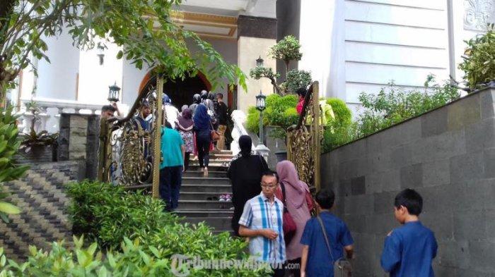 Kata Max Sopacua, SBY akan Datang Melayat Sutan Bathoegana