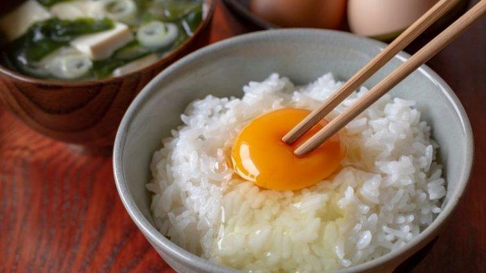Ini Alasan Orang Jepang Suka Sarapan Telur Mentah, Ternyata Aman Loh
